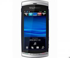Acheter Sony Ericsson Vivaz chez Darty avec forfait SFR avec Forfait illimythics 5 connect