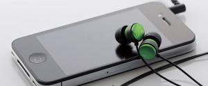 Elecom pr�sente 4 nouveaux casques+mic pour iPhone 4 au Japon