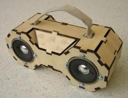 Boombox en bois