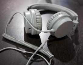 Urban ears turncable: double jack